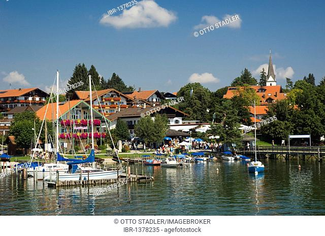 Sailboats in the port of Gstadt, Chiemsee lake, Chiemgau, Upper Bavaria, Bavaria, Germany, Europe