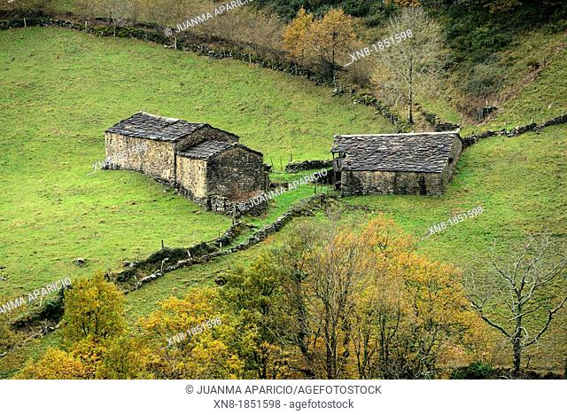 Valle del Pas Huts, Cantabria, Spain