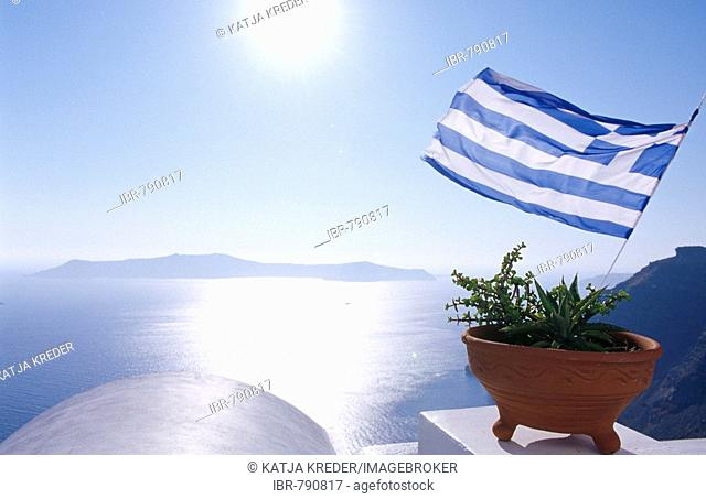 Greek flag, Firostefani in Santorini, Cyclades, Greece, Europe