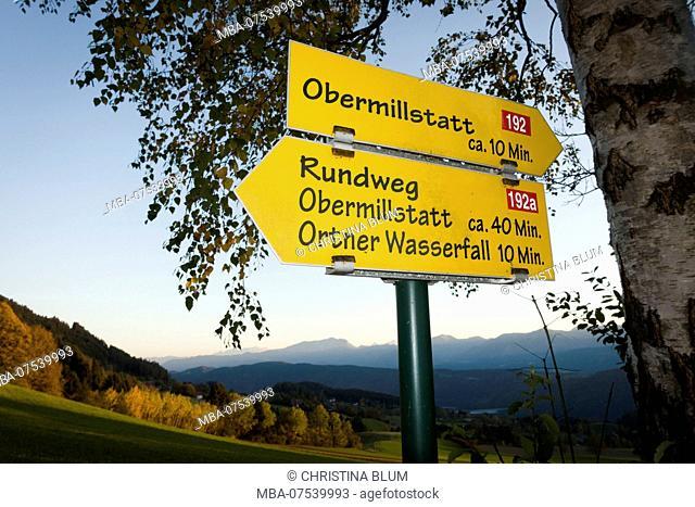 Signpost, Obermillstatt, Lake Millstatt, Carinthia, Austria