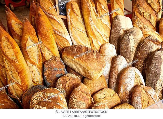 Artisan bread, Market, Hendaye, Aquitaine, Pyrenees Atlantiques, France