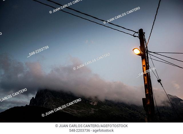 San Vicente peak. Ramales de la Victoria. Cantabria. Spain. Europe