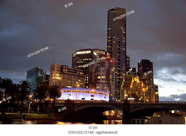 Downtown skyline along the Yarra River at dusk, Melbourne, Victoria, Australia