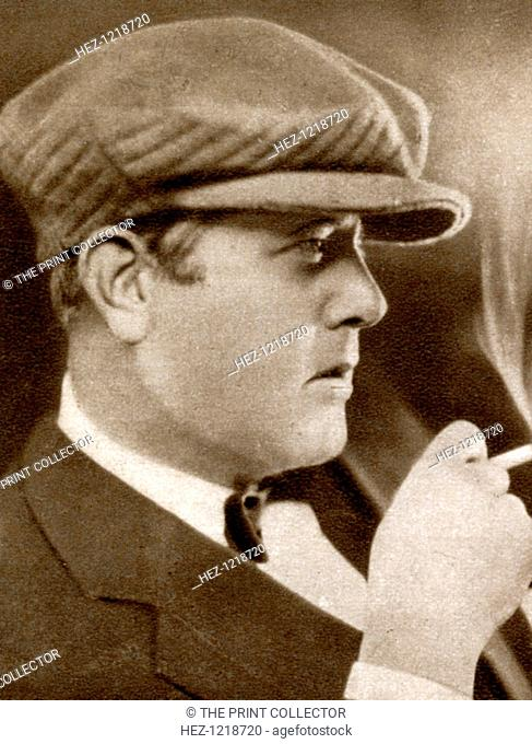 Robert Z Leonard, American film director, 1933. Leonard (1889-1968) was nominated for the Best Director Oscar twice, for 'The Divorcee' (1930) and 'The Great...