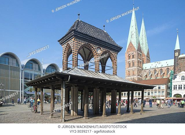 The Kaat also called pillory at the market with Marien church, Lubeck, Baltic Sea, Schleswig-Holstein, Germany, Europe