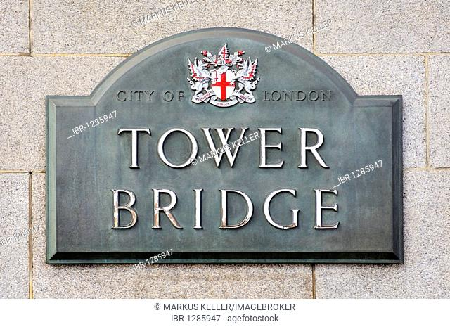Shield with coat of arms of the Tower Bridge, London, England, United Kingdom, Europe