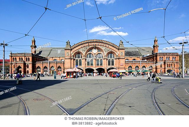 Hauptbahnhof, Bremen Main Railway Station, station building, Bremen, Germany