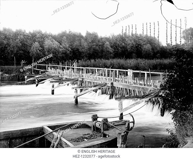 Old Weir, Bray, Berkshire, c1860-c1922. Navigation on the River Thames during the 19th century was made treacherous by primitive wiers such as this one near...