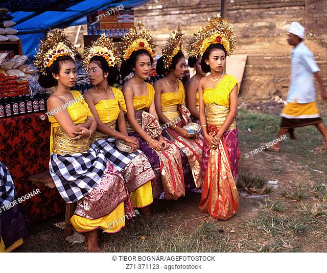 Temple festival. Odalan. Sukawati. Bali. Indonesia