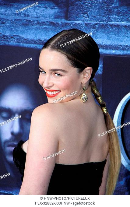 Emilia Clarke 04/10/2016 The Los Angeles Premiere for the 6th season of Game of Thrones held at The TCL Chinese Theatre in Hollywood