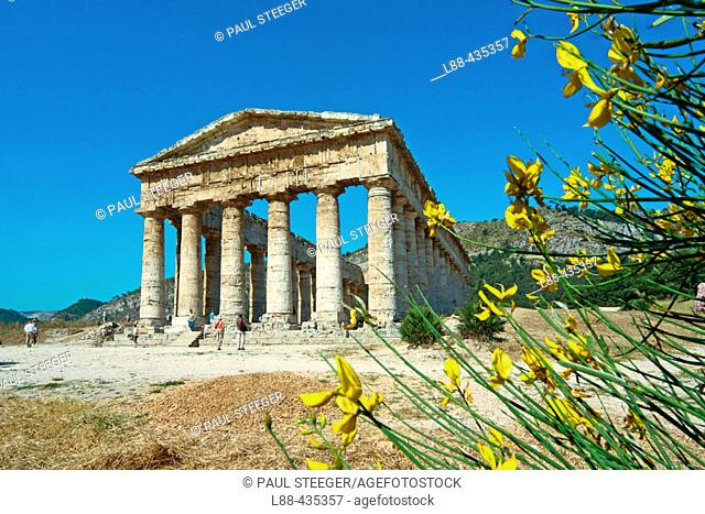 Doric temple, ruins of the ancient Greek city of Egesta (aka Segesta). Sicily. Italy