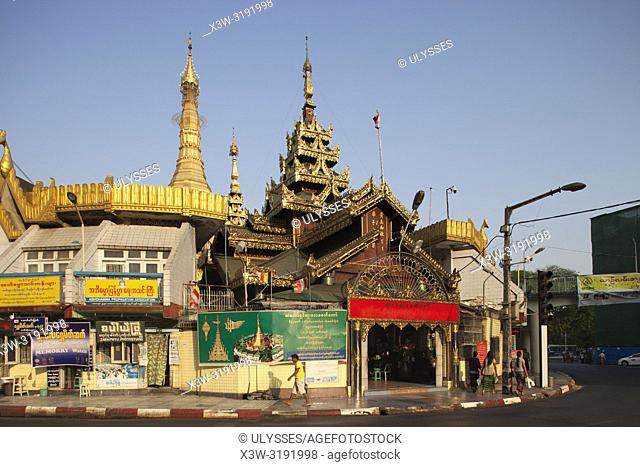 Sule pagoda, Yangon, Myanmar, Asia