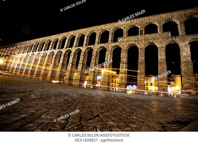 Light trails and Roman Aqueduct. Segovia, Spain