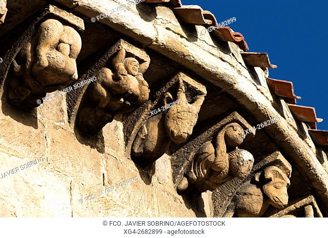 Colegiata románica de San Pedro - Cervatos - Campoo de Enmedio - Los Valles - Cantabria - España - Europa