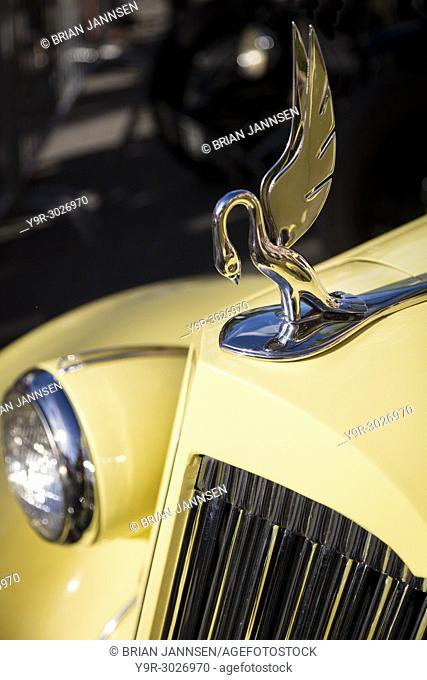 Hood ornament on a 1939 Packard 'Darrin' on display at 'Cars on 5th' autoshow, Naples, Florida, USA