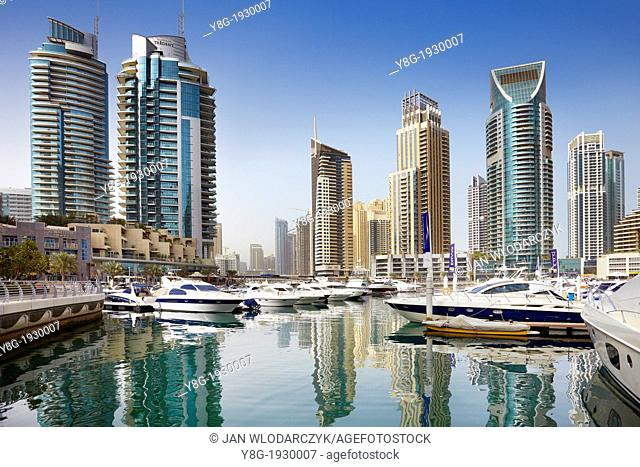 Dubai Marina, motorboats morred in harbor, Dubai, United Arab Emirates
