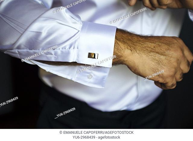 Groom's elegant cufflinks