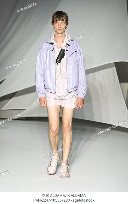 COTTWEILER runway during LFWM June 2018. Spring/Summer 2019 Collection. London, UK. 10/06/2018   usage worldwide. - London/United Kingdom of Great Britain and...