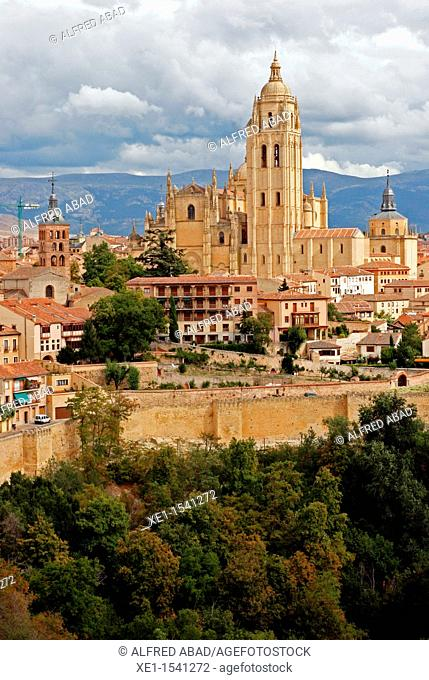 Cathedral of Our Lady of the Assumption and San Frutos, s. XVI, views from the Alcazar, Segovia, Spain