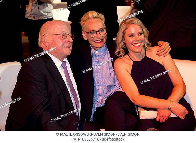 Norbert BLUEM, BlÃ-m, Politician, Baerbel SCHAEFER, BÃ-rbel SchÃ-fer, Moderatrin, xxxx Awarding of the German Radio Prize 2018 in Hamburg on 06.09