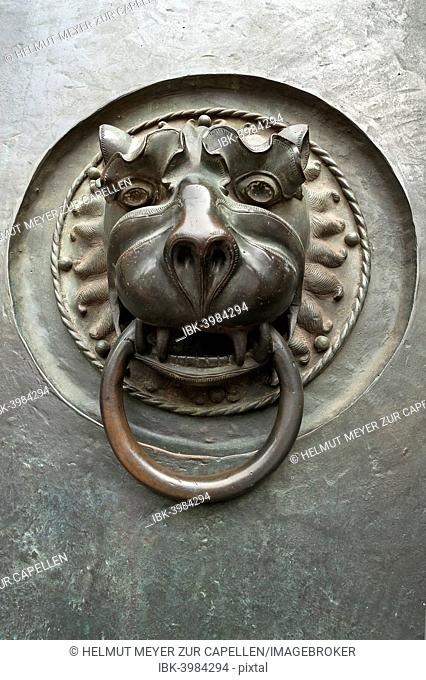 Door knocker with a lion's head, 14th century, main entrance to St Lorenz Church, Nuremberg, Middle Franconia, Bavaria, Germany