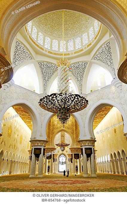 Pray room of Sheikh Zayed bin Sultan Al Nahjan Mosque, Grand Mosque, third biggest mosque in the world, Emirat Abu Dhabi, United Arab Emirates, Asia