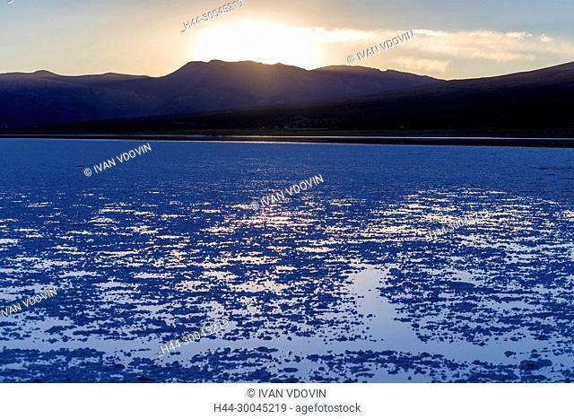 Uyuni salt flat, Salar de Uyuni, near Tahua, Potosi department, Bolivia