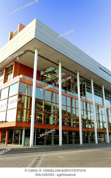 Maastricht public library in the Ceramique neighbourhood