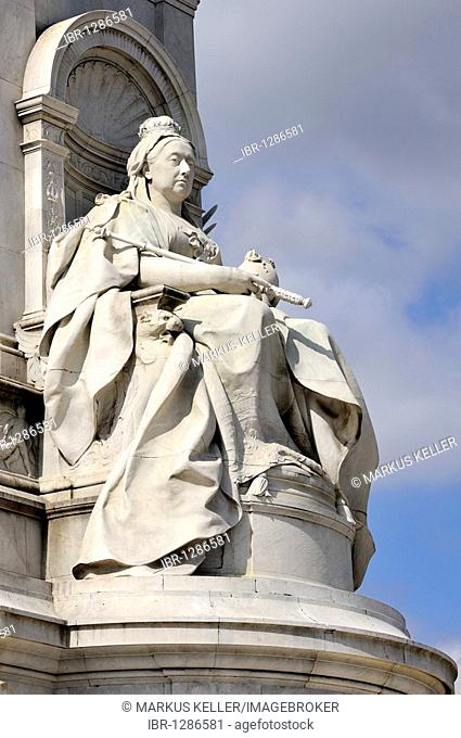 Stone statue of Queen Victoria at the Victoria Memorial at Buckingham Palace, London, England, United Kingdom, Europe