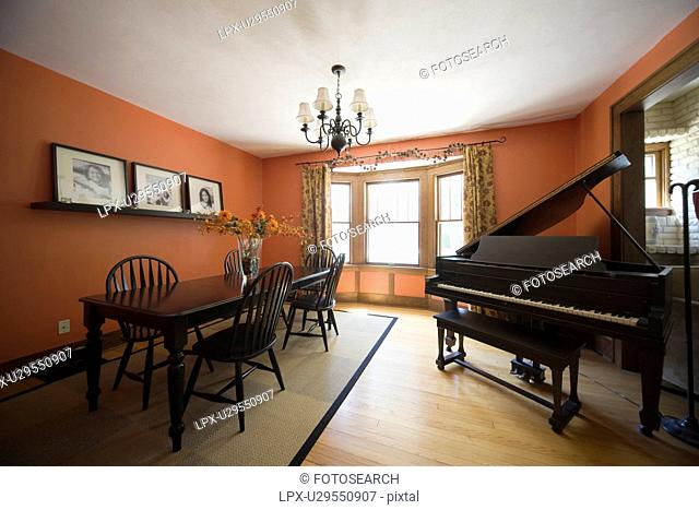 Home grand piano dining table Stock Photos and Images | age