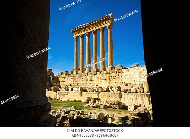 Temple of Jupiter, archaeological Roman site, Baalbek, Bekaa Valley, Lebanon