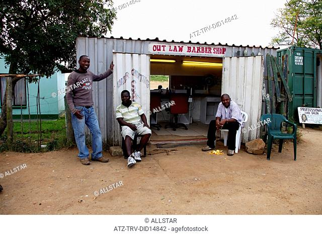 AFRICAN PEOPLE AT OUTLAW BARBERS SHOP; KNYSNA, TOWNSHIP, SOUTH AFRICA; 05/07/2011