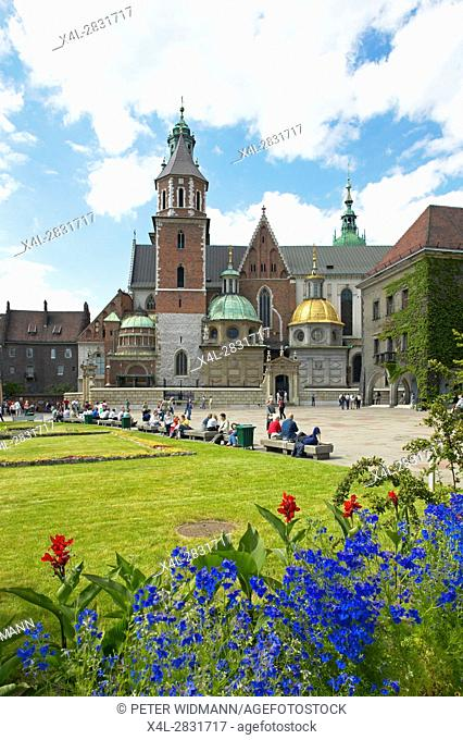 Wawel Cathedral in Krakow, Poland, Europe, 4. July 2004