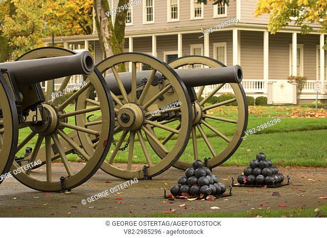Napoleon 12 point light field cannon, Fort Vancouver National Historic Site, Vancouver National Historic Reserve, Washington