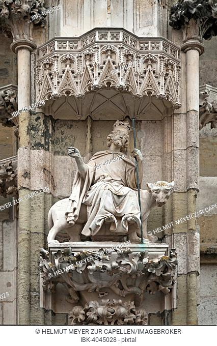 Alexander the Great riding a panther, 14th century, main facade of the Cathedral of Regensburg, Regensburg, Upper Palatinate, Bavaria, Germany