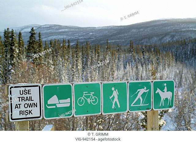 CANADA, 04.02.2004, Signs of the Trans Canada Trail at Fish Lake near the town Whitehorse. - WHITEHORSE, YUKON TERRITORY, CANADA, 04/02/2004