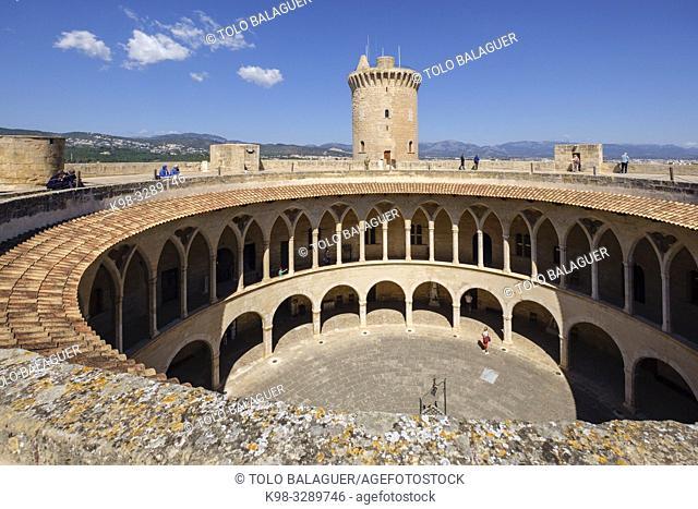 castillo de Bellver, siglo XIV, estilo gótico, Mallorca, balearic islands, Spain