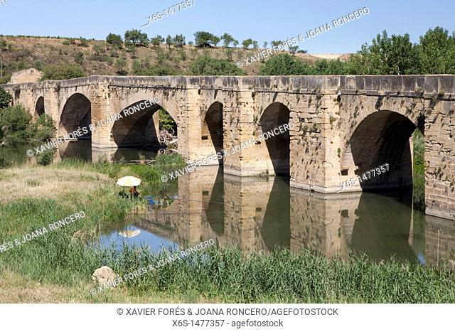 Bridge over river Ebro, San Vicente de la Sonsierra, Rioja Alta, La Rioja, Spain