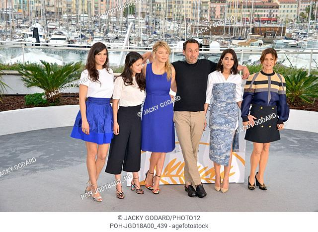 Crew of the film 'Le grand bain' (Sink or Swim): Mélanie Doutey, Noée Abita, Virginie Efira, Gilles Lellouche, Leïla Bekhti