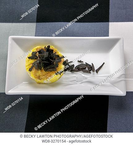 tapas de tortilla con trufa negra