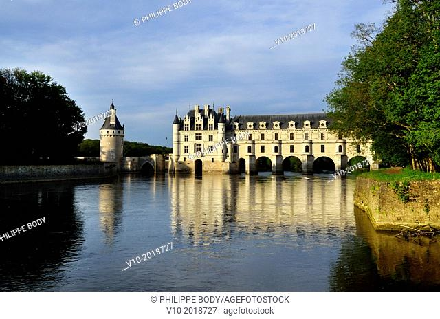 France, Indre et Loire, Loire Valley, castle of Chenonceau, built between 1513 - 1521 in Renaissance style, over the Cher river,