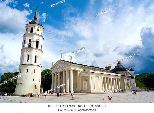 Vilniaus katedra, Roman catholic cathedral, Katedros aikste, Cathedral Square, Vilnius, Lithuania