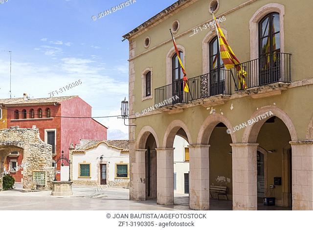 Main square, Plaza Pou, City hall, ajuntament, maritime village of Costa Daurada, province Tarragona, Catalonia,Spain