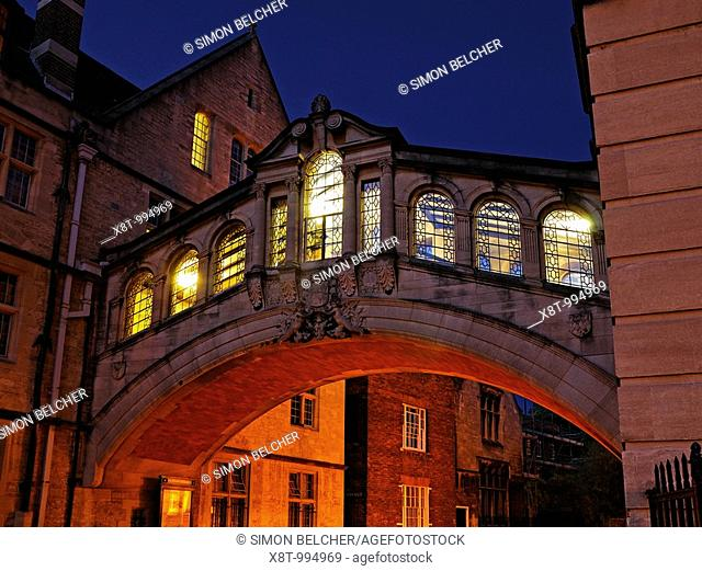 Bridge of Sighs, New College Lane, Oxford, Oxfordshire, England, United Kingdom  Built to link the old and the new quadrangles of Hertford College