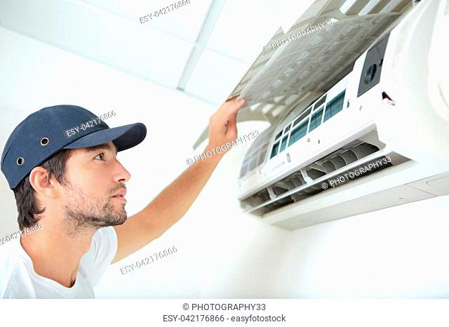 fixing and maintaining air conditioning system