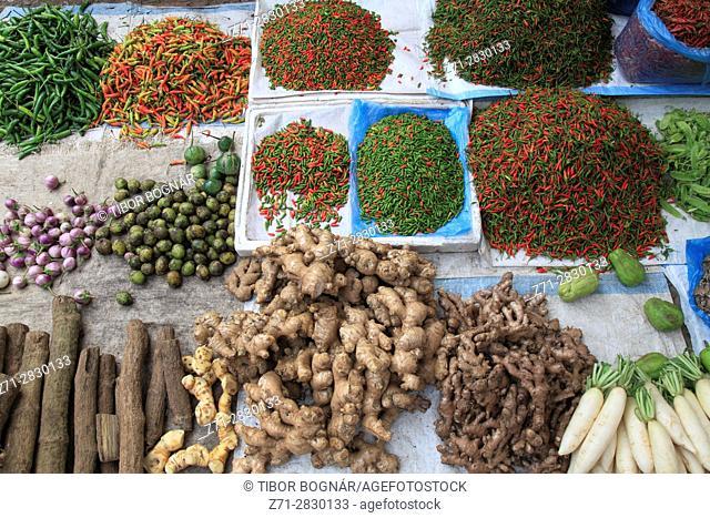 Laos, Luang Prabang, market, food, spices,
