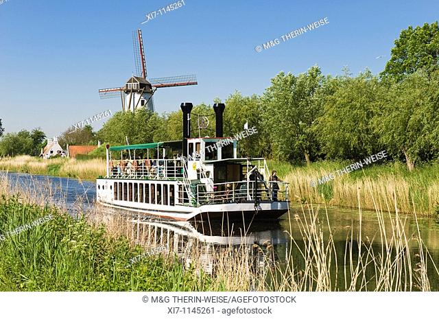 "Tourist boat ""Lamme Goedzak"" along the Canal from Damme to Bruges, Flemish Region, Belgium"