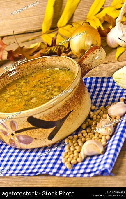 Pea soup (Polish Grochowka)