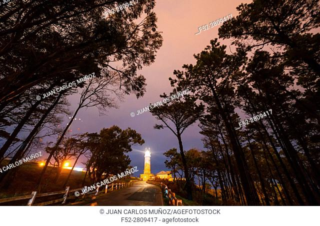 Cape Mayor Lighthouse, Santander, Bay of Santander, Cantabrian Sea, Cantabria, Spain, Europe