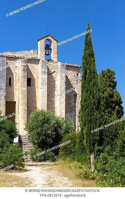 old chapel in Saint-Saturnin-lès-Apt, Luberon, Vaucluse, Provence, France